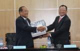 Tiếp Đoàn đại biểu Hội đồng quốc gia Mặt trận đoàn kết phát triển tổ quốc Campuchia