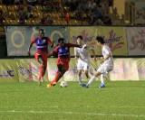 Chủ nhà bị loại sau khi để Sinh viên Hàn Quốc cầm hòa 0-0