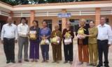 CLB hưu trí, chiến sĩ cách mạng bị địch bắt tù đày xã Phước Hòa, huyện Phú Giáo: Quan tâm chăm lo đời sống hội viên