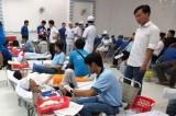 Trường Đại học Kinh tế Kỹ thuật Bình Dương: Hơn 200 cán bộ, sinh viên tham gia hiến máu tình nguyện