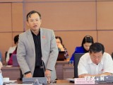 Quốc hội thảo luận về Luật Tài nguyên-môi trường biển và hải đảo