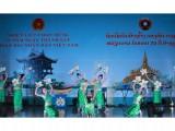 Thắm tình hữu nghị Việt Nam – Lào