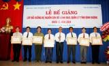 Bế giảng lớp bồi dưỡng dự nguồn cán bộ lãnh đạo, quản lý tỉnh Bình Dương khoá I- 2014