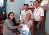 Hội Chữ thập đỏ tỉnh:  Tặng quà tri ân công đức 4 mẹ Việt Nam anh hùng
