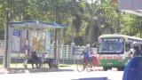 Nhân viên xe buýt có thu tiền quá giá?