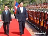 Thủ tướng Thái Lan bắt đầu chuyến thăm chính thức Lào