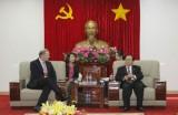 Chủ tịch UBND tỉnh Lê Thanh Cung tiếp lãnh đạo Tập đoàn Sơn AkzoNobel (Vương quốc Anh)