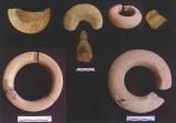 Đồ trang sức được phát hiện trong các di tích khảo cổ