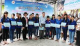 Trung tâm nhân đạo Quê Hương: Trao quà và học bổng cho trẻ em nghèo tại Nha Trang