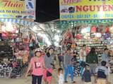 Nhộn nhịp chợ đêm công nhân