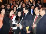 Chủ tịch nước gặp mặt đoàn các nghệ sỹ sân khấu Việt Nam