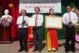 Trường tiểu học Vĩnh Hòa A, huyện Phú Giáo:  Đón nhận bằng công nhận trường đạt chuẩn giáo dục cấp độ 3