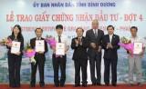 UBND tỉnh trao chứng nhận đầu tư cho 30 doanh nghiệp