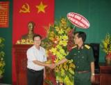 Báo Bình Dương thăm và chúc mừng các đơn vị bộ đội đứng chân trên địa bàn tỉnh