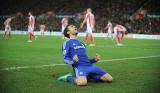 Đá bại Stoke City, Chelsea lại hơn Man City ba điểm