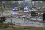 4 người thiệt mạng do bão, Mỹ ban bố tình trạng khẩn cấp