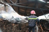 Công ty gỗ bị cháy trong đêm
