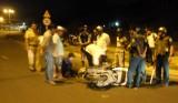 Xe bồn va chạm với xe máy, một người bị thương nặng