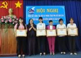 Hội LHPN TX.Thuận An:  34 tập thể, 60 cá nhân được khen thưởng có thành tích xuất sắc trong phong trào hội