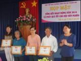 Hội Thể dục dưỡng sinh thị xã Thuận An: Trao tặng 25 phần quà tết cho hội viên khó khăn