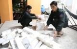 Vận chuyển hơn 2.500 gói thuốc lá lậu