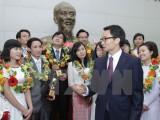 Phó Thủ tướng Vũ Đức Đam gặp gỡ các tài năng trẻ nhận Quả Cầu Vàng