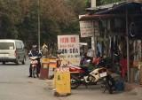 Cần xử lý mạnh nạn mua bán xăng dầu trái phép