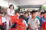 Trao 212 phần quà cho trẻ em có hoàn cảnh khó khăn