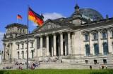 Tòa nhà Quốc hội Đức bị rải tờ rơi đe dọa tấn công khủng bố