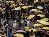 """Người dân Hong Kong lại xuống đường biểu tình """"bất tuân dân sự"""