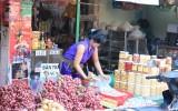 Thực phẩm Tết: Sản lượng dồi dào, giá cả ổn định