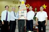 Lãnh đạo Đại học Quốc gia TP.HCM và Tập đoàn công nghiệp cao su Việt Nam thăm và chúc tết lãnh đạo tỉnh