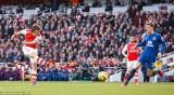 Hạ Everton, Arsenal thu hẹp khoảng cách với Man City