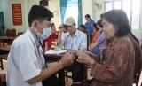 Khám, phát thuốc miễn phí cho người 150 nghèo huyện Bắc Tân Uyên