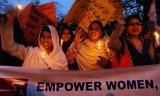 Ngày Quốc tế Phụ nữ 8-3: Hãy trao thêm quyền cho chị em