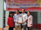 Cả gia đình cùng đồng hành với ngôi nhà Chữ thập đỏ