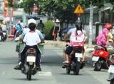 Xử lý lỗi không đội mũ bảo hiểm cho trẻ em khi tham gia giao thông