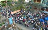 Tình trạng kẹt xe tại đường ngang dưới chân cầu vượt Sóng Thần: Cần sớm giải quyết dứt điểm