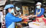 Hưởng ứng tháng vệ sinh thực phẩm: Tăng cường kiểm tra, tuyên truyền cho tiểu thương