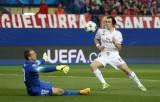 Atletico và Real chia điểm trong trận tứ kết Champions League
