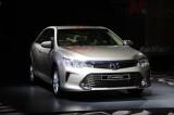 Toyota Camry 2015 giá từ 1,078 tỷ tại Việt Nam