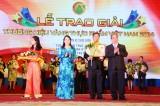 76 DN nhận giải thưởng Thương hiệu vàng thực phẩm