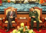 Đại tướng Phùng Quang Thanh tiếp Đại sứ Hoa Kỳ