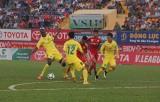 Vòng 11 V-League 2015: Tranh thủ soán ngôi của B.Bình Dương?