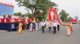 Thị xã Dĩ An: Mít tinh kỷ niệm 40 năm Ngày giải phóng hoàn toàn miền Nam, thống nhất đất nước (30.4.1975-30.4.2015)