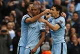 Man City vượt Man Utd, Arsenal bằng trận thắng kịch tính