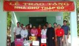Hội Chữ thập đỏ tỉnh: Trao nhà Chữ thập đỏ cho người nghèo xã An Bình