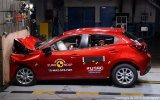 Mazda2 2015 đạt an toàn 4 sao