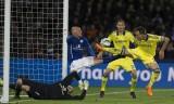 Hạ đẹp Leicester City, Chelsea chạm một tay vào chức vô địch