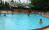 Thư giãn cùng hồ bơi và phố ẩm thực